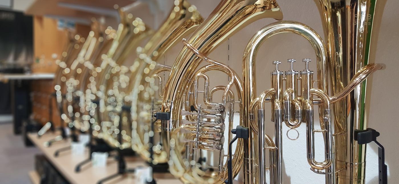 Verkauf und Vermietung von hochwertigen Metallblasinstrumenten namhafter Hersteller