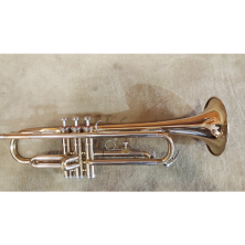KÜHNL & HOYER B-Trompete